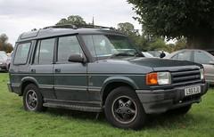 L951 XJU (Nivek.Old.Gold) Tags: 1993 land rover discovery tdi es 5door 2495cc
