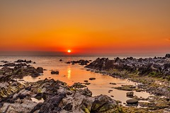 moment (dayonkaede) Tags: nikon d750 50mmf18 nature landscape sun sunset orange sea rock wave cloud