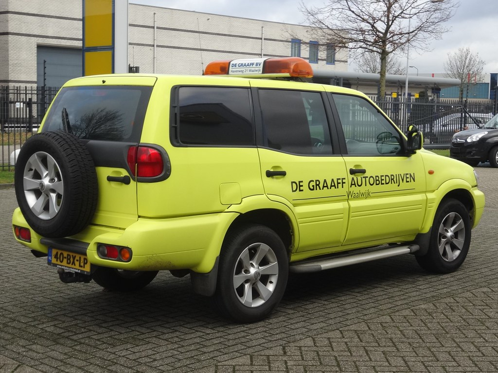 Nissan Garage Waalwijk : The world s best photos of nederland and nissan flickr hive mind