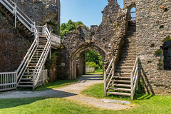 Restormel Castle gate tower (Keith in Exeter) Tags: restormel castle gatehouse gatetower shellkeep stairs steps stonework wall grass courtyard bailey ancient norman fort english heritage doorway tree path cornwall ruins