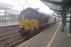 66196 (Rob390029) Tags: ews class 66 66198 carlisle citadel railway station car train