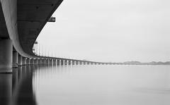 Puente a la Isla (joseemiliogomez431) Tags: bn bw isladearosa largaexposicion mar niebla paisaje puente ria