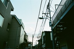 (Akira F.) Tags: nikon nikonfm2 color film filmphotography 28mm filmisnotdead filmcamera analog tokyocameraclub ファインダー越しの私の世界 写真好きな人と繋がりたい