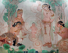 Les premiers pas du futur Bouddha (Temple Mulagandhakuti Vihāra, Sârnâth, Inde)