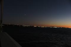IMG_2503 (Mud Boy) Tags: nyc newyork manhattan lowermanhattan batteryparkcity downtown pieraharborhouse bar sprawlingplacewithalargepubofferingcraftbeersrawbaritemsothercasualeats 22batteryplnewyorkny10004usa sunset