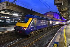 43053 + 43170 - London Paddington - 10/11/18. (TRphotography04) Tags: great western railways gwr hst 43053 university worcester 43170 stand london paddington after working 1l66 1329 swansea