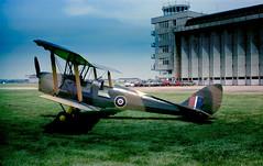 herts - dh tiger moth de-208 hatfield airfield JL (johnmightycat1) Tags: hertfordshire biplane airfield aircraft