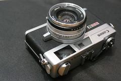 Canon Canonet QL17 GIII (rainer.marx) Tags: canon canonet ql17 rangefinder analog film 35mm fz1000 leica panasonic lumix