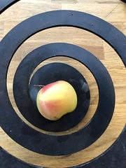 Et eple om dagen -|- An apple a day (erlingsi) Tags: erlingsi iphone erlingsivertsen apple eple close explored
