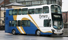 Tyrers Coaches, Adlington LX11CWE on Rail Replacement services in Manchester. (Gobbiner) Tags: b9tl tyrerscoaches railreplacement wvl402 wrightbus adlington londoncentral volvo lx11cwe eclipsegemini manchester goahead