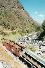 CC1 (stevenjeremy25) Tags: ferromex fxe ndem fnm derailment hopper train railroad railway mexico river