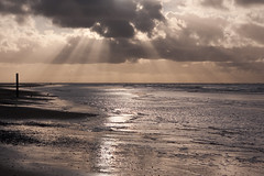 sunset Texel (Anna Poelstra) Tags: texel water sea northsea sunset clouds cloudy sun reflextion reflextions sunrays sunray rays waddeneiland noordzee strand eb tij getij