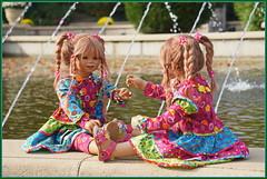 Tivi und  .Anne-Moni .. (Kindergartenkinder 2018) Tags: schlossarcen kindergartenkinder tivi annemoni