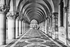 Perspective (Anna Kwa) Tags: piazzasanmarco stmarkssquare perspective architecture venice italy 2401200mmf40 my always seeing heart soul throughmylens life journey fate destiny travel world iwasborn hanson whatmatters arches thedogespalace palazzoducale pałasodogal venetiangothic monochrome blackwhite