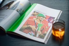 "Журнал ""Свой"" (Глянцевый самиздат Евгения Фельдмана), выпуск №3 ""Ч.М."" (donnicky) Tags: dof fan highangleview home indoors leisure magazine page photocard photography publication publicsec selectivefocus table tea younglady reading portrait d850"