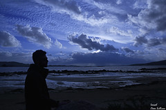 Galicia Come my way (Ismael Owen Sullivan) Tags: azul blue foto fotografia d5300 digital cielo clouds colors cambados dark camino galicia gallego mar landscape horizont horizonte photography pontevedra paisaje sky sea sombras shadow nikon nature naturaleza natural moon night nubes noche colores color celeste arousa