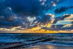Sounds of Light (*Capture the Moment*) Tags: 2018 clouds fotoshooting fotowalk himmel insel island landscape landschaft september sky sonnenuntergang sonya7miii sonya7mark3 sonya7m3 sonya7iii sonyilce7m3 sunset sylt waves wellen wetter wolken cloudy wolkig