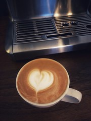 Love my morning coffee (Richard Pilon) Tags: coffee iphone8plus cappuccino latteart latte