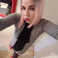 Trying out pink hair for the first time, then going on cam to see what the internet thinks of it :) (Ana Keel) Tags: transisbeautiful tranny trap transgender transvestite transcend trans tgirl tgirls tgurl tg cd crossdresser crossdreamer crossdressers crossdressing feminisation femboy pink pinkhair
